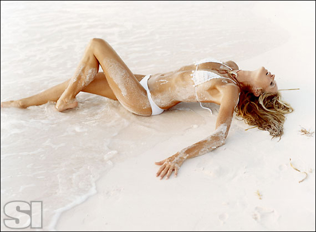 10 thiên thần bikini sexy nhất trong 50 năm qua - 22