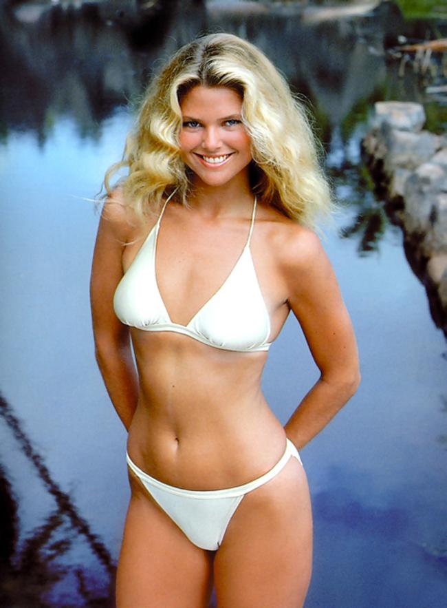 10 thiên thần bikini sexy nhất trong 50 năm qua - 7