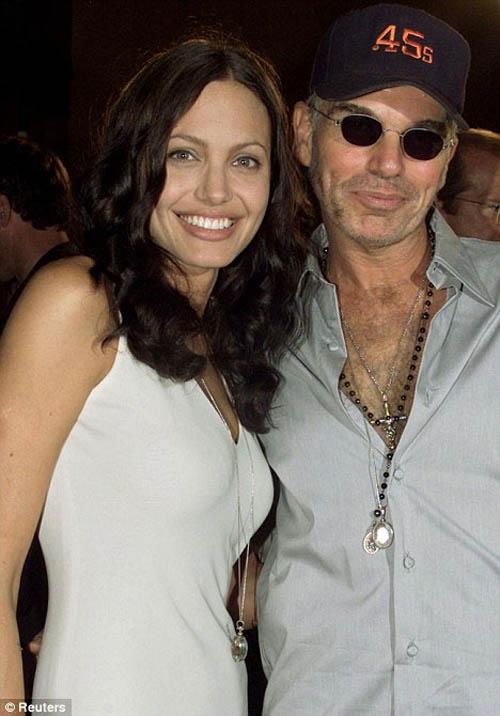 """Chồng cũ của Angelina Jolie là """"tay sai"""" của thần chết? - 2"""