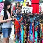 Thời trang - Váy hoa 40 ngàn/chiếc ở chợ sinh viên Tp.HCM