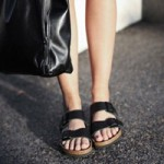 """Thời trang - 4 kiểu giày dép """"nịnh"""" chân con gái mùa hè"""