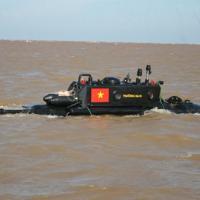 Tàu ngầm Trường Sa thử nghiệm dịp bão Rammansun đổ bộ