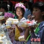 Phi thường - kỳ quặc - Bánh sinh nhật khổng lồ dài 60 mét ở TQ