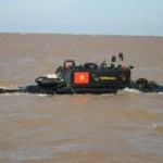 Tin tức trong ngày - Tàu ngầm Trường Sa thử nghiệm dịp bão Rammansun đổ bộ