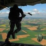 Đòn tập kích táo bạo của lính dù trong Thế Chiến II