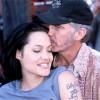 """Chồng cũ của Angelina Jolie là """"tay sai"""" của thần chết?"""