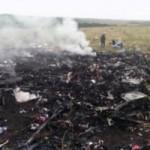 Tin tức trong ngày - Máy bay Malaysia rơi ở Ukraine, 298 người chết