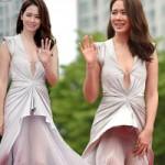 """Phim - Son Ye Jin gặp tai nạn """"khó coi"""" trên thảm đỏ"""