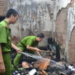 Tin tức trong ngày - Đà Nẵng: Cháy nhà dữ dội, phá cổng cứu cụ bà 80 tuổi