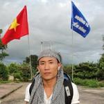 Bạn trẻ - Cuộc sống - Thầy giáo đi bộ xuyên Việt gây quỹ ủng hộ trẻ em biển đảo