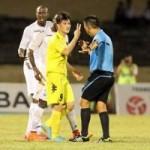 Bóng đá - SLNA - HN.T&T: Penalty, Công Vinh và trọng tài