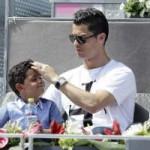Bóng đá - Lai lịch về mẹ của con trai Ronaldo vẫn mãi bí ẩn