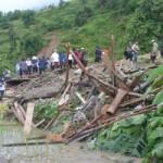 Tin tức trong ngày - Hà Giang: 7 người chết vì sạt lở đất