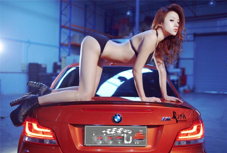 Sôi sục bộ ảnh thiếu nữ tạo dáng bên BMW - 12