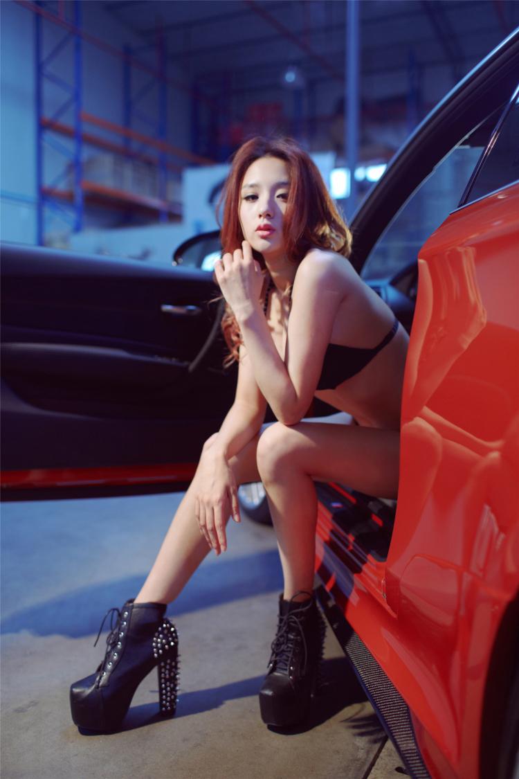 Sôi sục bộ ảnh thiếu nữ tạo dáng bên BMW - 17