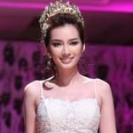 Thời trang - Trúc Diễm hóa cô dâu xinh đẹp trên sàn catwalk