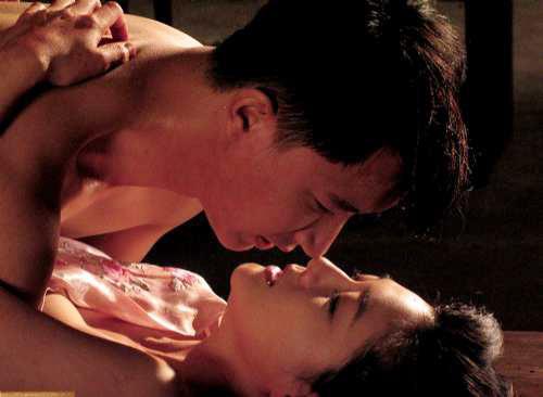 """5 cảnh """"yêu"""" trong sáng khiến diễn viên vật vã - 3"""