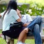 Bạn trẻ - Cuộc sống - Người Việt không dám hôn nhau nơi công cộng?
