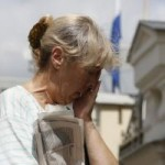 Tin tức trong ngày - Mẹ giằng xé khôn nguôi vì không cản con lên MH17