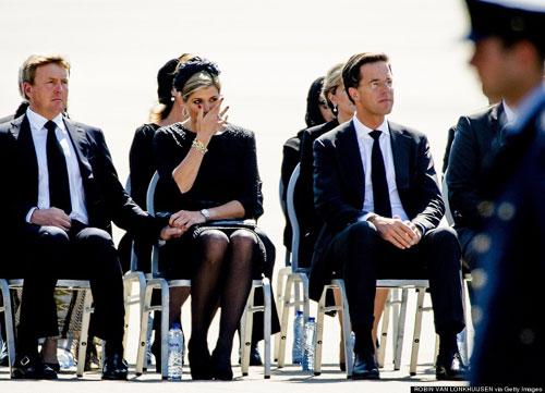 Ảnh: Hà Lan đón nạn nhân MH17 trở về - 3