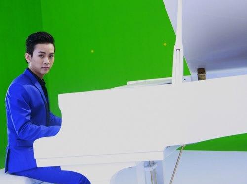 Hoài Lâm khoe tài lẻ trong MV đầu tay - 1