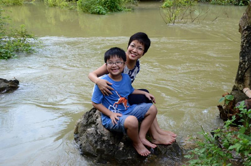 Ấm áp tình mẹ con của MC Thảo Vân - 13