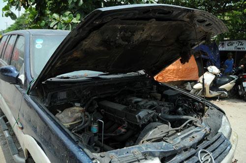 Sau tiếng nổ lớn, kho chứa cồn bốc cháy ngùn ngụt - 14