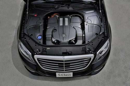 Mercedes-Benz khoe công nghệ F1 trên S500 Plug-In Hybrid - 4