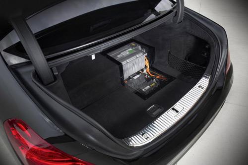 Mercedes-Benz khoe công nghệ F1 trên S500 Plug-In Hybrid - 5