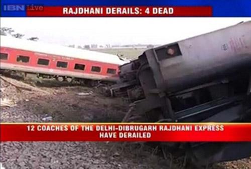 Ấn Độ: Tàu hỏa đâm xe buýt, 13 người thiệt mạng - 2