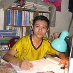 Bạn trẻ - Cuộc sống - Chàng thủ khoa nghèo, hiếu học của Bách khoa TP.HCM