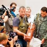 Tin tức trong ngày - Hộp đen có vạch mặt được kẻ bắn hạ máy bay MH17?