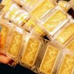 """Tài chính - Bất động sản - USD tăng liên tiếp, vàng """"lùi"""" 3 phiên"""