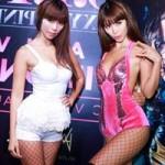 Ngôi sao điện ảnh - Hà Anh mặc táo bạo giới thiệu MV mới