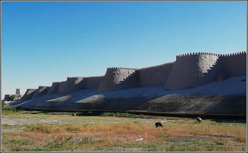 10 kiến trúc bằng bùn đất ấn tượng nhất thế giới - 7