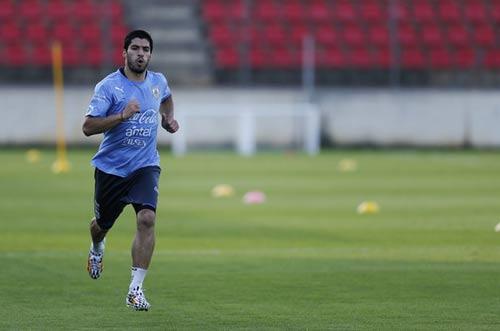 Siêu kinh điển Real – Barca chưa chốt vì Suarez - 1