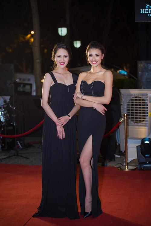 Hoa hậu Thu Thảo đẹp hút hồn trên thảm đỏ - 7