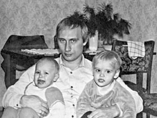 Con gái Putin lặng lẽ rời căn hộ ở Hà Lan sau vụ MH17 - 3