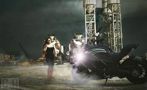 """Những hot girl 9x """"nên duyên"""" với xe môtô - 2"""