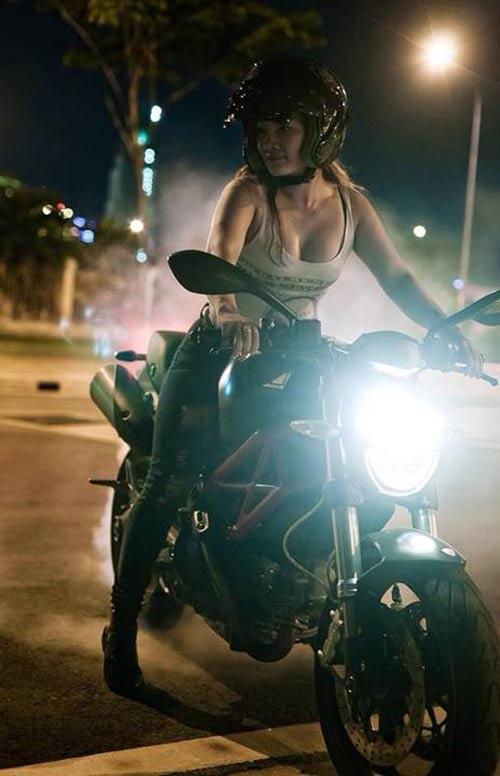 """Những hot girl 9x """"nên duyên"""" với xe môtô - 3"""