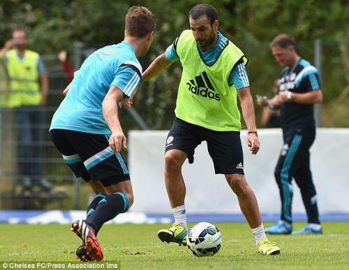 """Chelsea: Chờ """"thói quen"""" bứt phá của Mourinho - 1"""