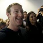 Thời trang Hi-tech - Mark Zuckerberg giàu hơn cả nhà sáng lập Google và Amazon
