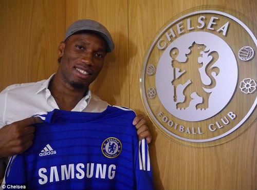 Drogba chính thức quay lại khoác áo Chelsea - 1