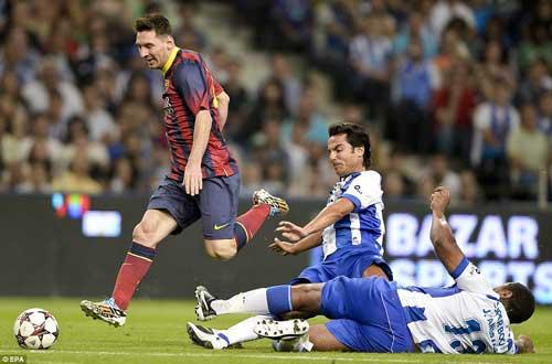 Messi, Eto'o tỏa sáng ngày chia tay Deco - 2