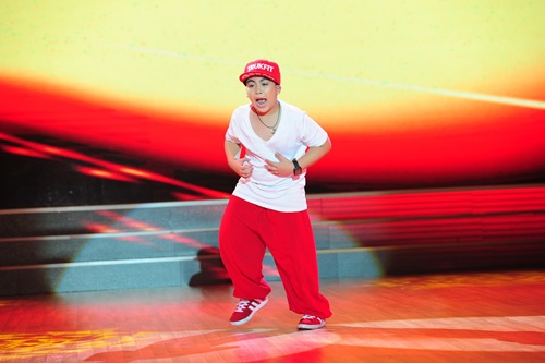 """Đoan Trang """"dụ"""" thí sinh nhí bằng chiêu độc - 15"""