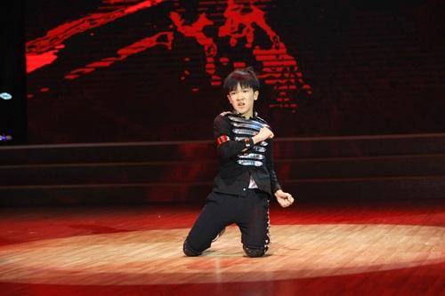 """Đoan Trang """"dụ"""" thí sinh nhí bằng chiêu độc - 14"""