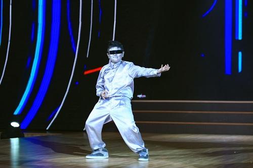 """Đoan Trang """"dụ"""" thí sinh nhí bằng chiêu độc - 10"""