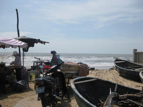 Nhớ biển quê nhà và món cá kho rục của mẹ - 8