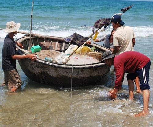 Nhớ biển quê nhà và món cá kho rục của mẹ - 3