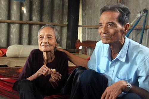 Cụ bà 121 tuổi lập kỷ lục người cao tuổi nhất VN - 2